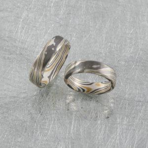 Mokume Gane Ringe mit 2 Sterne innen in Gold Silber und Palladium